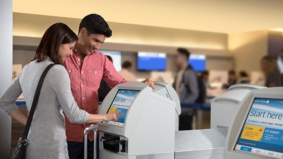 b3_68_560x315_United-Kiosk-Check-in_9670_0